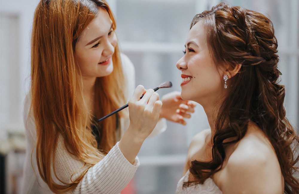 Bridal Makeup and Hairstyling Services